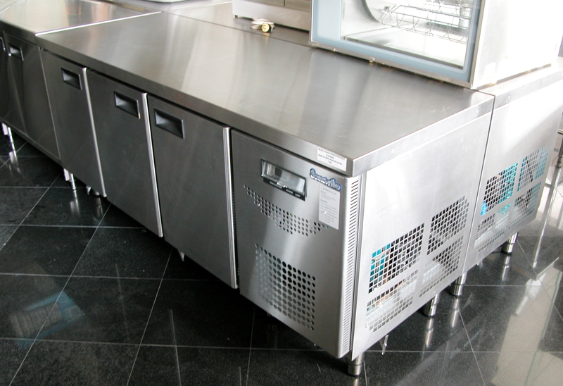 Refrigerated-Equipment-No.-4